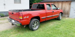 2002 Chevy 1500 LT for Sale in Lorain, OH
