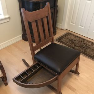 Antique Mission Sewing Chair for Sale in Vancouver, WA