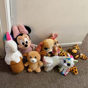 Small plushies for Sale in Los Angeles, CA