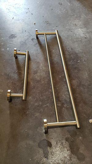 Gold Towel Bar set. Modern for Sale in SeaTac, WA