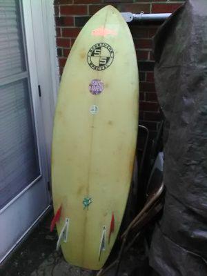 Vintage slingerland surfboard something special 5 foot 8 in for Sale in Haddonfield, NJ
