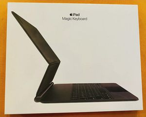 Apple Magic Keyboard (for 12.9-inch iPad Pro - 3rd(2018)/4th Generation(2020)) MXQU2LL/A - NEW IN BOX (SEALED) 100% GENUINE for Sale in Lake Barrington, IL