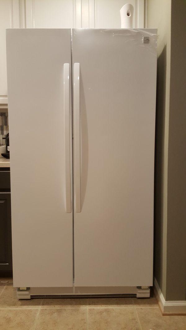 GE white kitchen suite