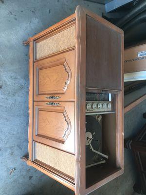 Antique magnavox Astro sonic record player for Sale in Dallas, TX