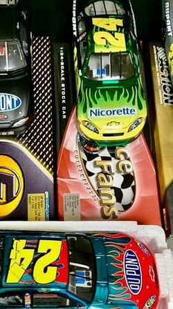 Jeff Gordon diecast scale 1 : 24 car's for Sale in Easley,  SC