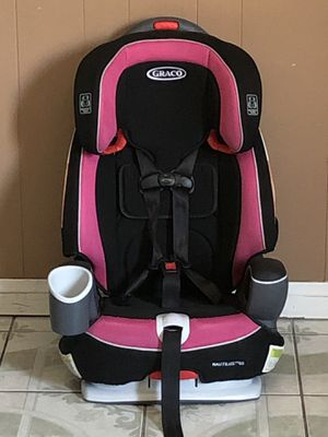 PRACTICALLY NEW GRACO NAUTILUS CONVERTIBLE CAR SEAT 3 in 1!!!!EXPIRES 2027 for Sale in Riverside, CA