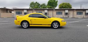 2004 Ford mustang for Sale in Bellflower, CA