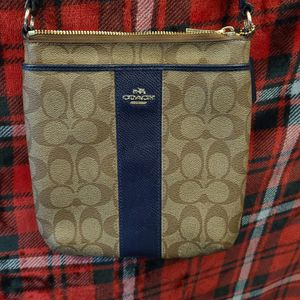 Coach cross body purse for Sale in Round Rock, TX