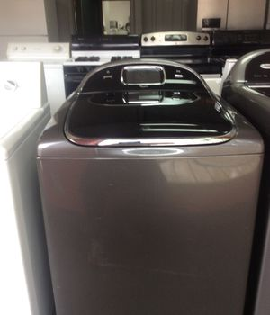 Whirlpool, supersize capacity, fully electronic Wash machine for Sale in St. Louis, MO