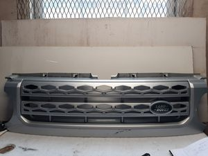 2010 2011 2012 Land rover LR4 Discovery 4 grille for Sale in Lynwood, CA