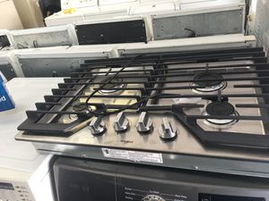 Whirlpool gas stove counter new-30 days warranty for Sale in Orlando, FL