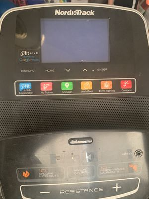 Nordictrack Elliptical Onestep space saver model for Sale in Puyallup, WA
