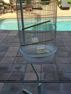 Hanging Bird Cage With Base and Cover for Sale in Chandler,  AZ