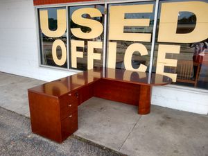 $350 Used Office Furniture L shape desk corner for Sale in Houston, TX