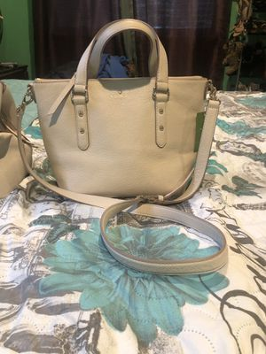 Purse and cross body for Sale in Fort Pierce, FL
