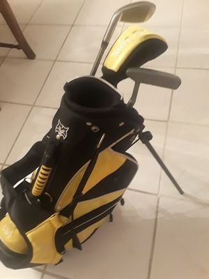 LYNX us kids golf clubs and bag for Sale in Tampa, FL