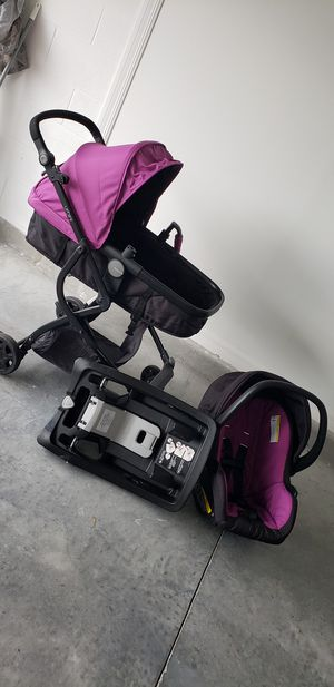 stroller and car seat for Sale in CHAMPIONS GT, FL