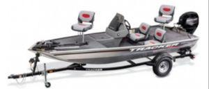 Tracker Pro160. Seats 6 aluminum fishing boat with mercury 4 stroke for Sale in San Bernardino, CA