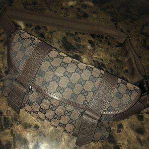 Gucci Fanny Bag for Sale in Pompano Beach, FL