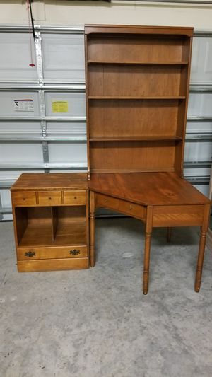 Vintage Ethan Allen Maple Corner Desk for Sale in Orlando, FL