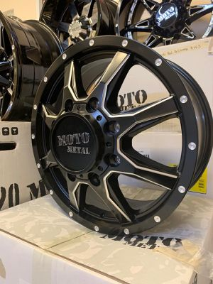"⭐Brand New 20"" Moto 995 Black and Milled Dually Wheels for Sale in Lilburn, GA"