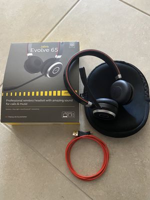 Jabra Evolve 65 UC Wireless Headset, Stereo – Includes Link 370 USB Adapter – Bluetooth Headset with Industry-Leading Wireless Performance, Passive N for Sale in Chandler, AZ
