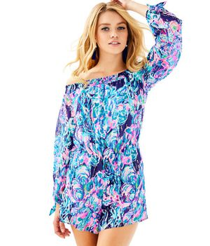 Lilly Pulitzer Myrie Romper for Sale in Benson, NC