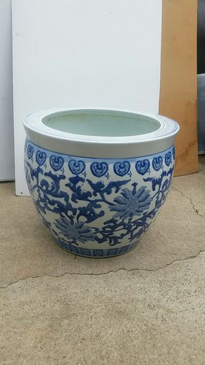 "Plant pot, blue and white 17.5"" diameter, 15"" tall for Sale in Laguna Hills, CA"