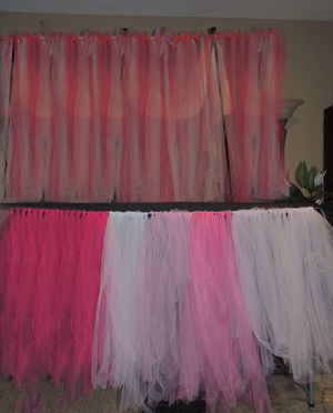 Tulle backdrop and table skirt for Sale in Las Vegas, NV