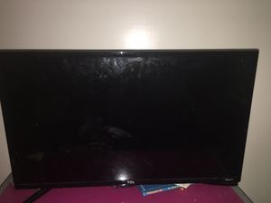 32 inch roku tv for Sale in Holland, MI