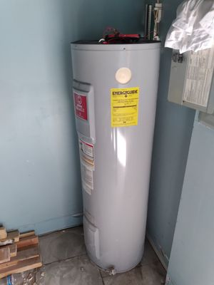 Water heater used for sale for Sale in Orlando, FL