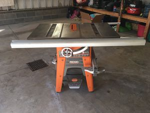 """Ridgid TS3650 Cast Iron 10"""" Table Saw for Sale in Canton, OH"""