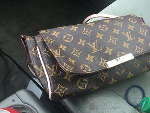 Loui Vuitton bag for Sale in Lynn, MA