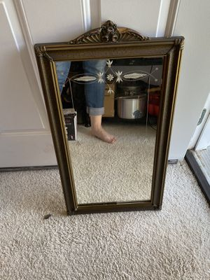 Antique mirror for Sale in Lynnwood, WA