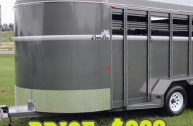 $800 Nice! 2016 corn pro 2 horse trailer For Sale. for Sale in Santa Ana,  CA