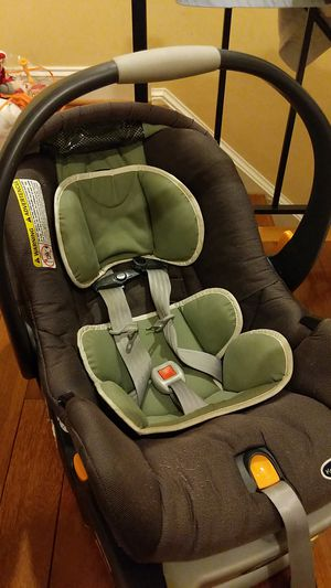 Chicco infant car seat KeyFit 30 for Sale in Rockville, MD