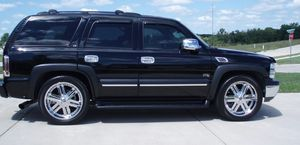 Suv*20O4 Chevrolet Tahoe FWDWheels*Needs.Nothing* for Sale in Seattle, WA