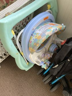 Winnie The Pooh Infant Walker With Convertable Tray To Play  for Sale in Indian Land, SC