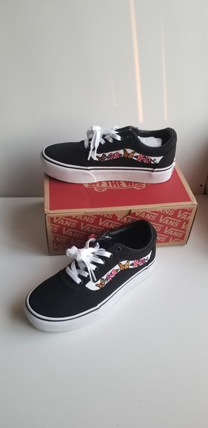 Rare Vans Embroidered limited edition size 8.5 or 7 for Sale in Silver Spring, MD