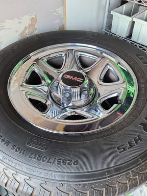 2014 GMC Sierra rims and tires for Sale in Santa Clarita, CA