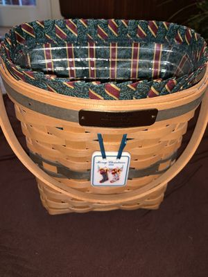 1998 Longaberger Christmas Edition- Glad Tidings Basket Combo for Sale in Orlando, FL