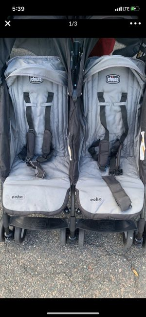 Chicco Double stroller for Sale in Chelsea, MA