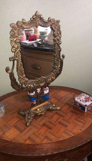 ANTIQUE BRASS/BRONZE MIRROR for Sale in Boca Raton, FL