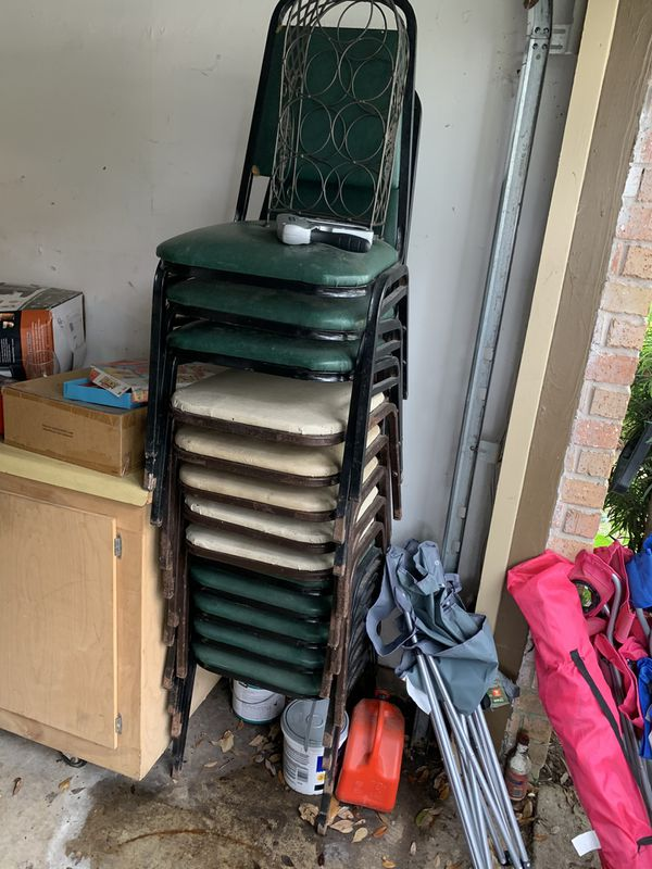 NEED TO SELL ASAP READY TO GO RESTAURANT SUPPLIES AND MORE /GARAGE SALES