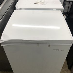 Chest Freezer for Sale in Riverside, CA