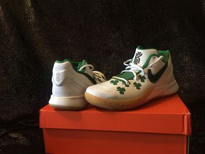 NIKE KYRIE FLYTRAP II for Sale in Fresno, CA