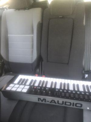 Mini keyboard/beat maker for Sale in Smithfield, VA