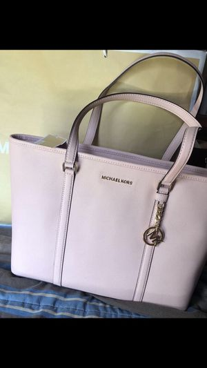 Micheal Kors Tote Bag for Sale in Houston, TX