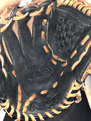 Rawlings Leather Lefthand Baseball Glove for Sale in Dallas, TX