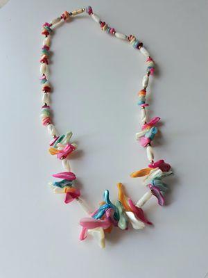 🌿📿Colorful Shell Necklace📿🌿 for Sale in Las Vegas, NV